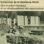 La construction de la distillerie en 1977